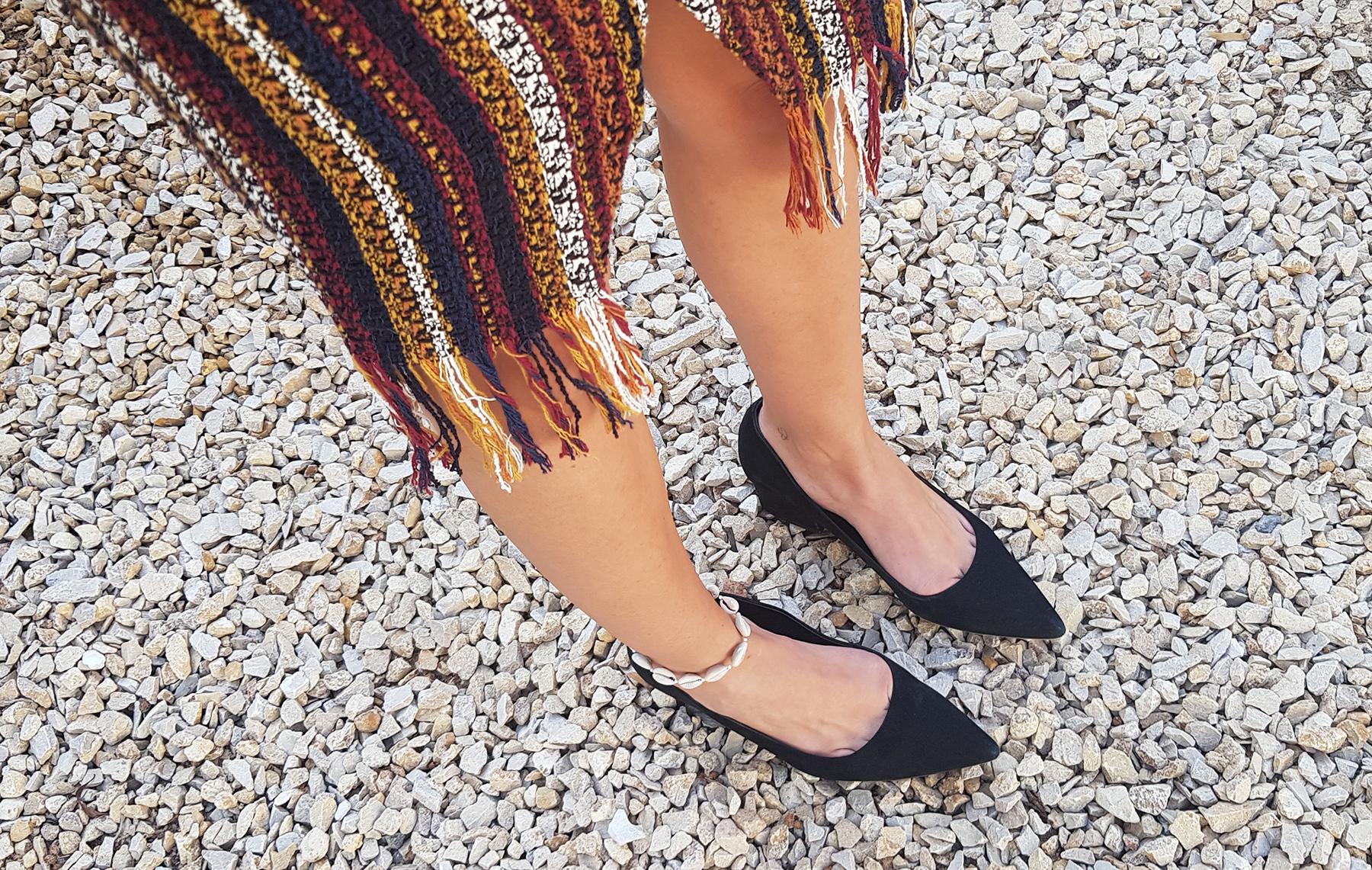 Trends: Seashell Anklet